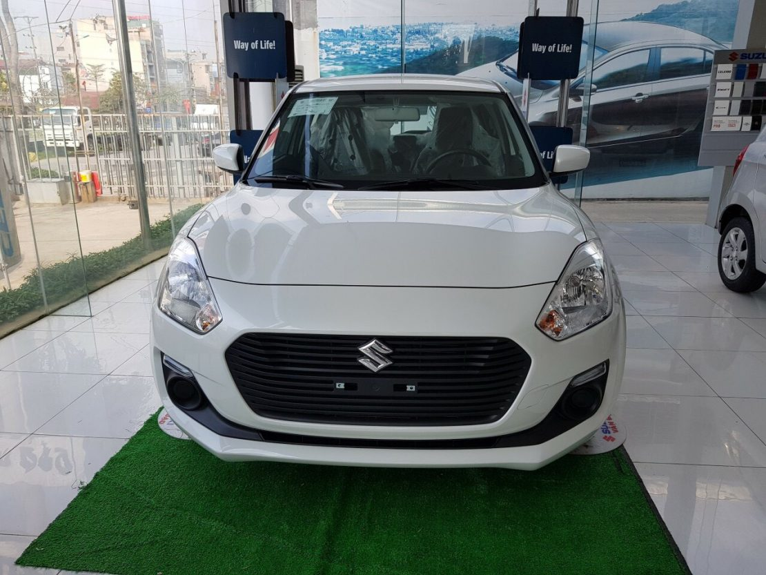 Suzuki-swift-GL-trang-2020